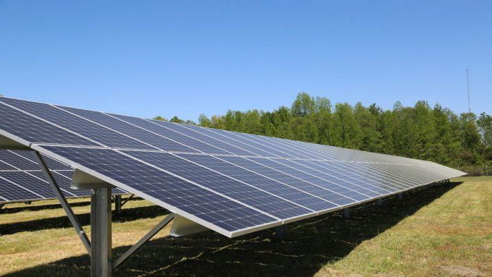 Năng lượng xanh từ nắng