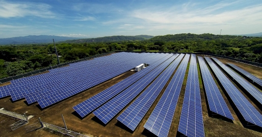 Nhà máy năng lượng mặt trời tại Kenya