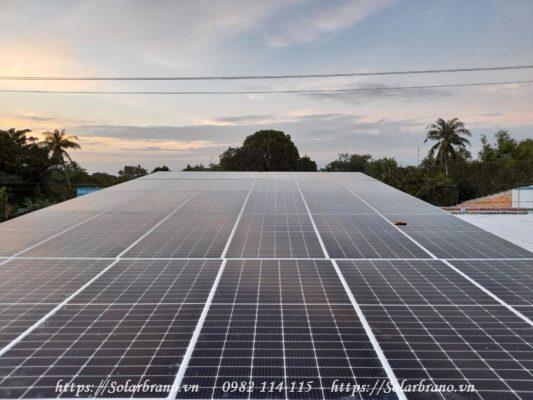 Hệ thống điện mặt trời áp mái độc lập